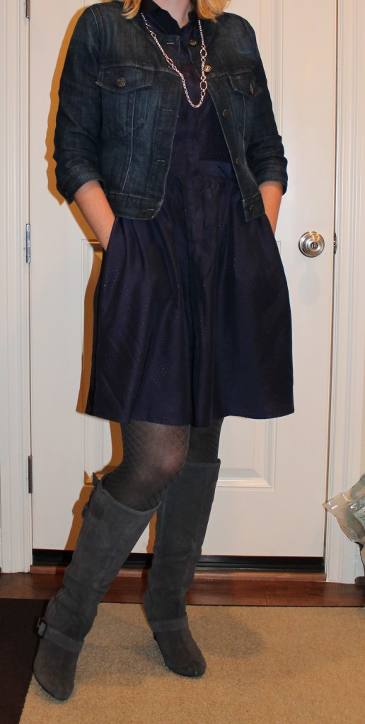 navy dress and patterned tights