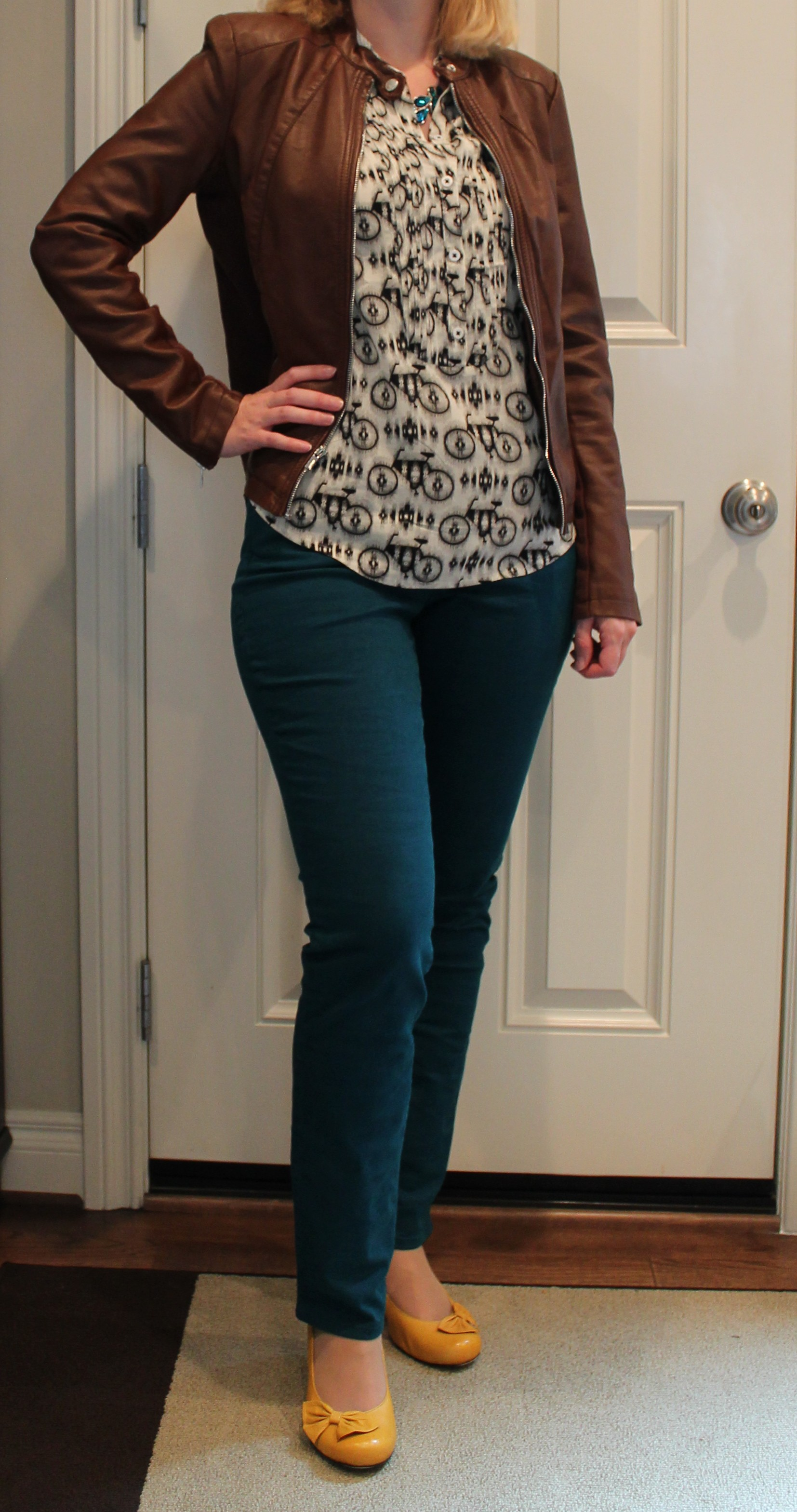 Curvy Teal Jeans | A Pear to Remember
